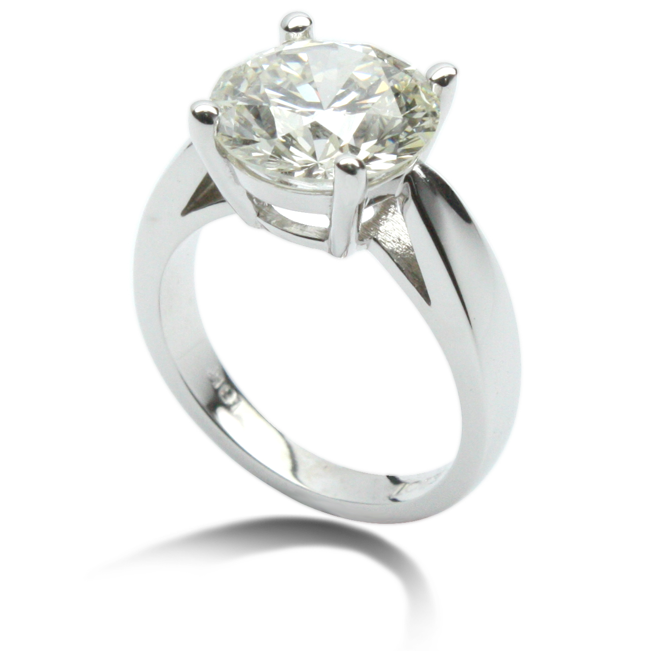 Dazzling 4 Carat Diamond Ring!
